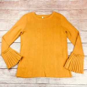 Pleated detail, bell sleeve Cotton blend Sweater